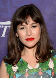 Yael Stone wore her hair with flippy ends and parted bangs during the Variety and Women in Film Emmy nominee celebration.