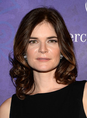Betsy Brandt sweetened up her look with these bouncy curls at the Variety and Women in Film Emmy nominee celebration.