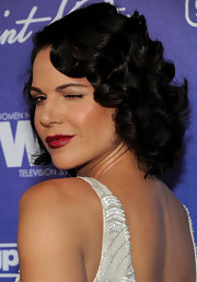 Lana's curls had a definite retro flapper vibe.