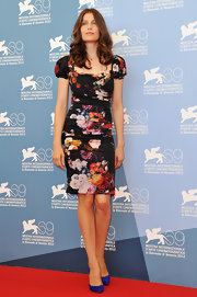 Laetitia smoldered in one of Dolce & Gabbana's signature dresses at the 'Venezia 69' photocall.