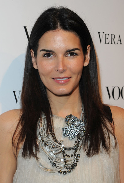 More Pics of Angie Harmon Engagement Ring (1 of 12) - Engagement Ring Lookbook - StyleBistro