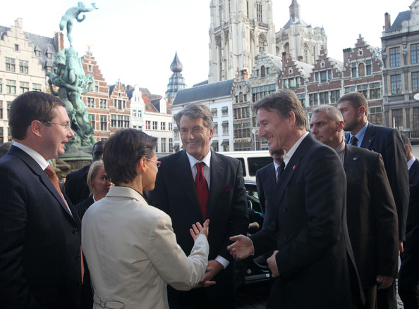 Ukraine President Viktor Yushchenko Visits the Port of Antwerpen