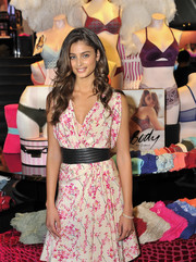 Taylor Hill accentuated her waist with an oversized black belt by Saint Laurent for the launch of the Easy Collection from Body by Victoria.
