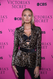 Romee Strijd cinched in her leopard-print jacket with a wide, studded belt for the 2017 Victoria's Secret fashion show viewing party.