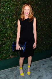 Jayma Mays accessorized her LBD with this oversize faux leather handbag.