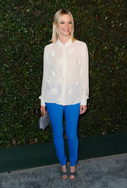 "Amy Smart jumped in on the colorful jean trend with this bold blue pair at the premiere of Paul McCartney's ""My Valentine"" music video."