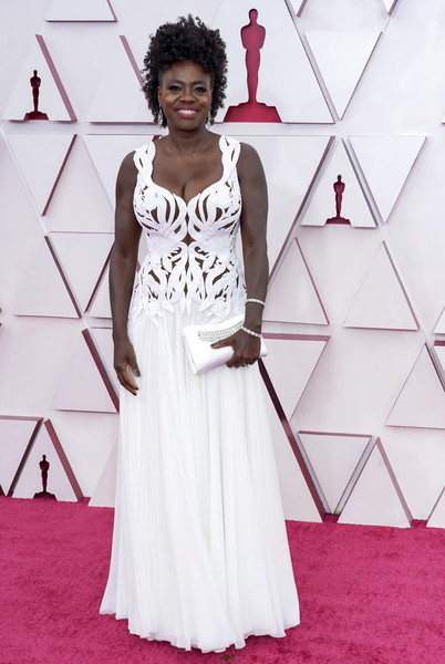 Viola Davis Gemstone Inlaid Clutch [smile,one-piece garment,sleeve,style,waist,flooring,fashion design,street fashion,day dress,triangle,wedding dress,cocktail dress,gown,viola davis,wear,haute couture,smile,california,los angeles,annual academy awards,formal wear,wedding dress,haute couture,gown,cocktail dress,red carpet,fashion,clothing,magenta,stx it20 risk.5rv nr eo]