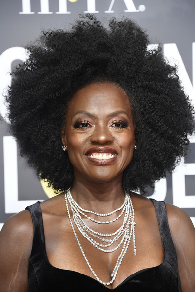 Viola Davis Layered Diamond Necklace [hair,hairstyle,afro,jheri curl,black hair,s-curl,human,ringlet,lace wig,arrivals,viola davis,afro,golden globe awards,hair,hairstyle,jheri curl,red carpet,celebrity,annual golden globe awards,75th golden globe awards,viola davis,afro,times up,african americans,actor,hair,fashion,red carpet,celebrity]