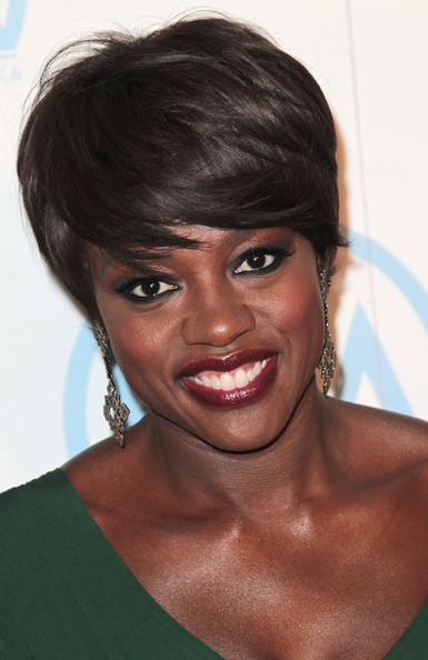 Viola Davis Bright Eyeshadow