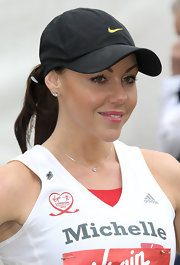 Michelle Heaton wore a black baseball cap at the Virgin London Marathon.