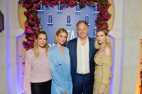 More Pics of Rosie Huntington-Whiteley Printed Coat (3 of 7) - Printed Coat Lookbook - StyleBistro [event,yellow,fun,party,happy,smile,ceremony,family,house,kurt seidensticker,sara foster,erin foster,rosie huntington-whiteley,l-r,irvine,california,vital proteins,proteins collagen water product launch event,vital proteins collagen water product launch event]