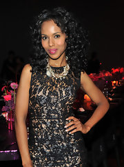 Kerry Washington rocked soft shoulder length curls to the Viva Vevolution. She amped up her flawless look with berry lipstick.