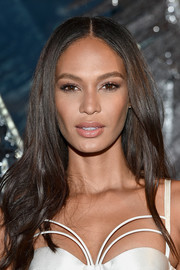 Joan Smalls framed her gorgeous face with this long, center-parted wavy 'do for the celebration of the opening of W Dubai.