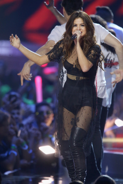 More Pics of Selena Gomez Long Side Part (1 of 50) - Selena Gomez Lookbook - StyleBistro [performance,entertainment,music artist,performing arts,thigh,event,public event,music,stage,singing,selena gomez,singer,california,inglewood,the forum,we day]