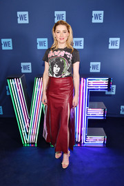 Amber Heard kept it casual in a MadeWorn The Doors tee during WE Day UN.