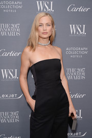 Carolyn Murphy accessorized with an industrial-chic box clutch at the WSJ. Magazine 2017 Innovator Awards.