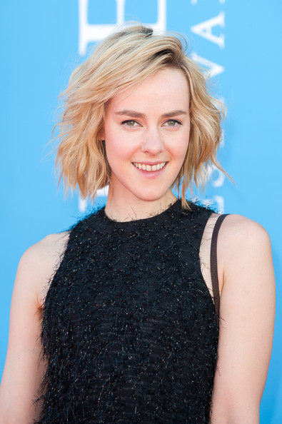 More Pics of Jena Malone Short Wavy Cut (1 of 21) - Jena Malone Lookbook - StyleBistro [the wait photocall,the wait,hair,hairstyle,blond,long hair,premiere,neck,layered hair,hair coloring,smile,cocktail dress,jena malone,deauville american,deauville,france,deauville film festival,screening,film festival]