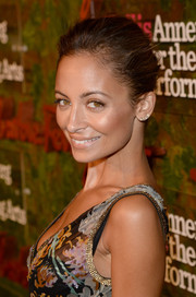 Nicole Richie looked radiant with her classic bun and luminous makeup at the Wallis Annenberg Center Inaugural Gala.