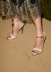 Sofia Sanchez Barrenechea donned a chic pair of nude and gold evening sandals for the Wallis Annenberg Center Inaugural Gala.