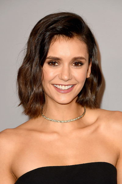 Nina Dobrev worked a sweet wavy bob at the Warner Bros. and InStyle Golden Globes after-party.