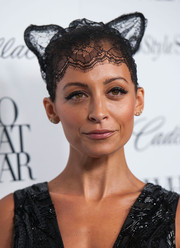 Nicole Richie topped off her ensemble with a fun-looking lace headdress with cat ears when she attended the Who What Wear event.