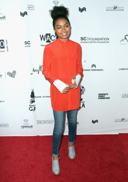 Gray high-heel oxfords completed Yara Shahidi's ensemble.