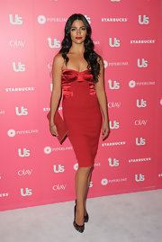 Camila Alves dazzled in multi-colored sequined pumps at the 'Us Weekly' Hot Hollywood party.