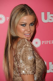Carmen Electra added a little drama to her look with fluttering false lashes. A great pair of lashes are always a nice red carpet addition.