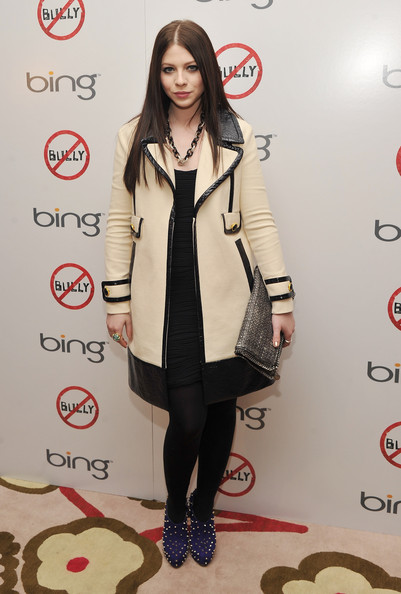 More Pics of Michelle Trachtenberg Silver Chain (1 of 3) - Sterling Necklaces Lookbook - StyleBistro