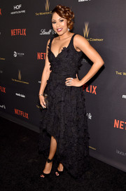 Alicia Quarles kept it fun yet elegant in a Nicole Miller floral-embroidered LBD with a high-low hem at the Weinstein Company and Netflix Golden Globe party.