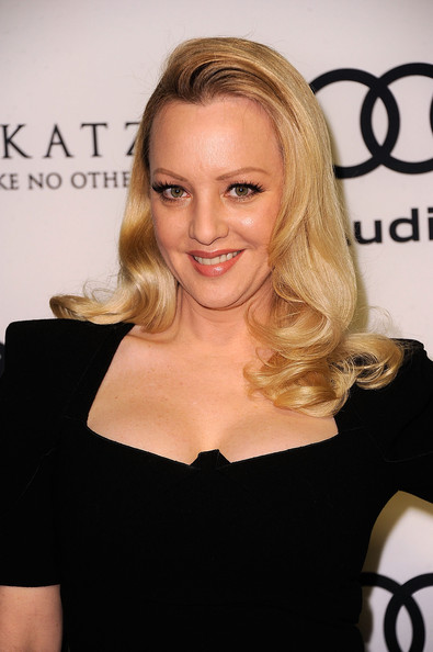 Sexy pictures of wendi mclendon covey And have