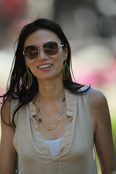 Wendi Deng Murdoch Gold Charm Necklace [eyewear,hair,glasses,sunglasses,beauty,cool,hairstyle,black hair,vision care,lip,ceo,wendi deng murdoch,many,media executives,sun valley,idaho,executives gather for annual allan and co gathering in sun valley,allen company,conference,allen company sun valley conference]