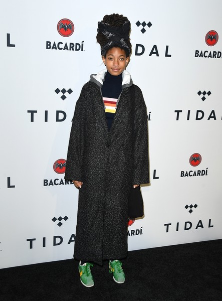 Willow Smith Wool Coat [photo,clothing,carpet,red carpet,outerwear,flooring,premiere,formal wear,costume,willow smith,fat joe,angela weiss,stream tidal x,barclays center,new york,bacardi,tidal x benefit concert,brooklyn benefit concert]