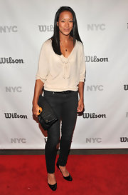 Anne Keothavong was simple but chic in a nude blouse that sported a knotted detail at the neckline.
