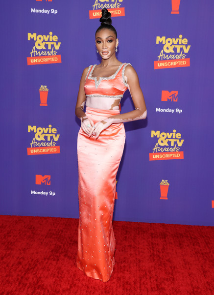 Winnie Harlow Long Skirt [movie,image,unscripted,face,dress,one-piece garment,sleeve,waist,flooring,smile,fashion design,formal wear,electric blue,garment,flooring,unscripted - arrivals,tv awards,sleeve,waist,mtv,red carpet,carpet,celebrity,red,personality]