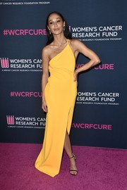 Cara Santana brightened up the pink carpet with this yellow one-shoulder gown by Solace London at the 2020 Unforgettable Evening Gala.