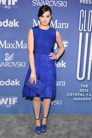 Hailee Steinfeld chose an electric blue suede dress with pleats and black insets for her look at the Lucy + Crystal Awards.