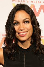 Rosario Dawson showed off perfectly styled waves at the Women's Media Awards.