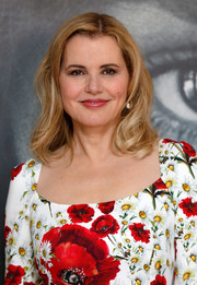 Geena Davis sported a casual shoulder-length 'do with wavy ends at the Women in Motion Talks.