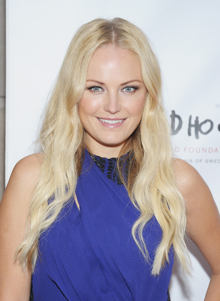 More Pics of Malin Akerman Gemstone Ring (1 of 6) - Malin Akerman Lookbook - StyleBistro