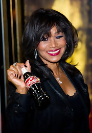 Rebbie Jackson's layered haircut at the world premiere of 'Michael Jackson: The Life of an Icon' was full of movement.
