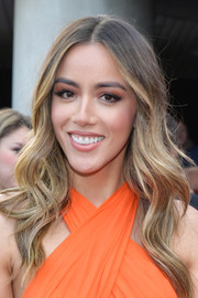 Chloe Bennet went boho-glam with this long wavy 'do at the world premiere of 'Avengers: Endgame.'