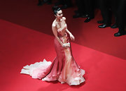 Fan Bing Bing looked like a coral mermaid in a layered organza evening gown for the Cannes Film Festival.