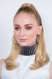 Sophie Turner looked youthful and pretty with her half-up hairstyle at the 'X-Men: Dark Phoenix' exclusive fan event.