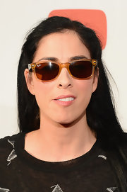 Sarah Silverman added a retro touch to her look with a pair of brown wayfarers during 'The Big Live Comedy Show.'