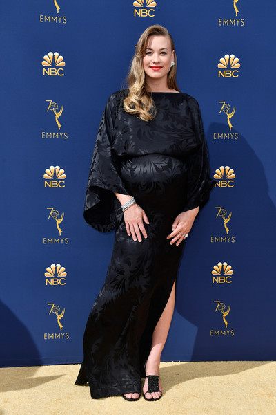 Yvonne Strahovski Maternity Dress [clothing,carpet,red carpet,flooring,dress,premiere,black hair,formal wear,fashion design,arrivals,yvonne strahovski,emmy awards,70th emmy awards,microsoft theater,los angeles,california]