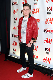 Jesse looked cute in this red leather jacket he wore to Jingle Ball.