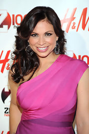 Carolina Bermudez attended the Jingle Ball 2010 wearing a pair of pretty hoop earrings.