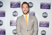 Zachary Levi Men's Suit