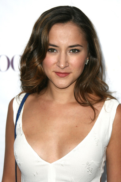 Zelda Williams Long Wavy Cut